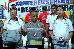 Empat terdakwa pengeroyok wartawan Antara dituntut lima bulan penjara