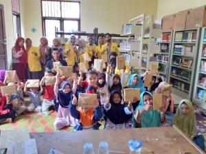 Mahasiswa UTU Gelar Lomba Cuci Tangan di Desa KKN