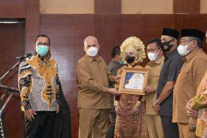Banda Aceh dan Aceh Barat Raih Anugerah Profesor A. Madjid Ibrahim