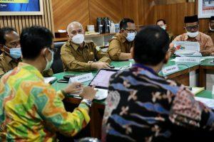 Sekda Se-Aceh Bahas Strategi Pengentasan Kemiskinan Bersama Kepala Instansi Vertikal