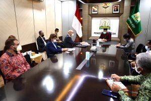 Seriusi Kerjasma Dengan Pemerintah Aceh, Dubes Ceko Kunjungi Gubernur  Nova