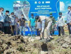 Gubernur Letakkan Batu Pertama Pembangunan 18 Rumah Korban Tanah Bergerak di Kuta Cot Glie