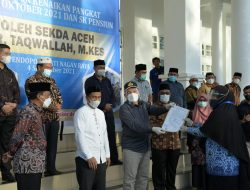 Sekda Antar Langsung SK Kenaikan Pangkat Bagi 158 Pegawai Nagan Raya dan Aceh Barat